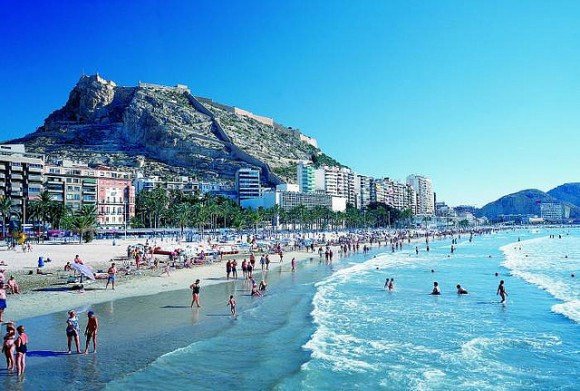 Alicante_Playa_El_Postiguet_by_