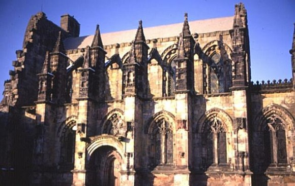 Rosslyn_Chapel_by_Anne_Burgess