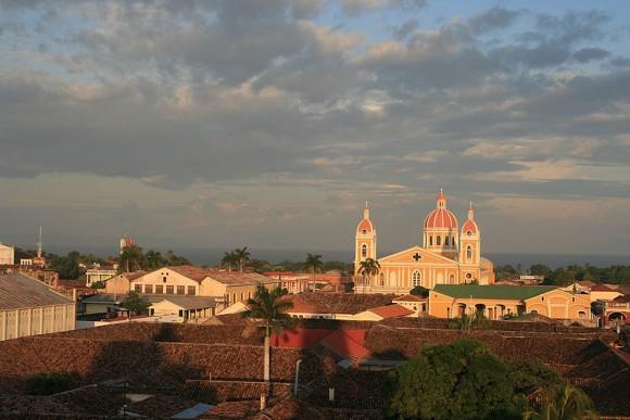 Granada,_Nicaragua_by_Carlos_Adampol