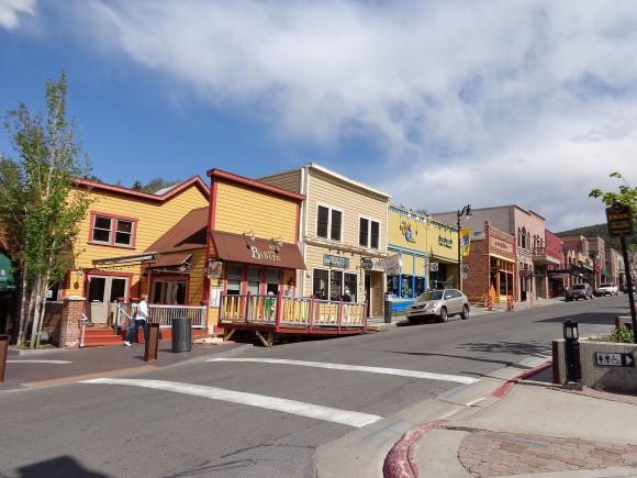 View on Main Street in Park City, Utah by Saalebaer (Creative Commons)