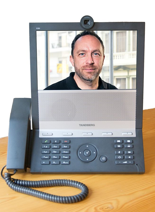 Choosing VoIP may mean lower costs for your business, amid other benefits that this article will touch on ... photo by CC user Thomas von der Lippe and Nicolas Goldberg on wikimedia