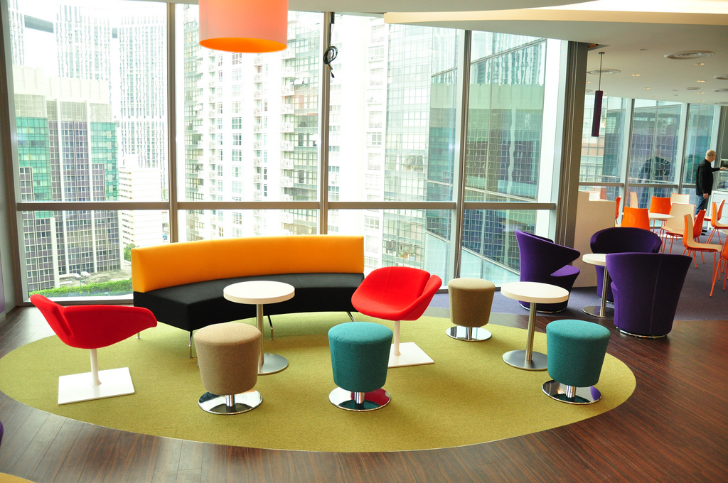 Flexible office designs make your business more attractive How many hours do interior designers work