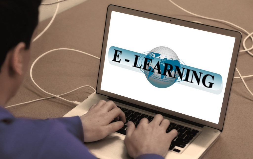 Thanks to the power of the internet, Online Education Is Enriching Minds Everywhere
